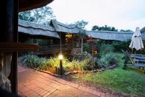 zululand-tree-lodge-01
